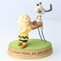 Snoopy Charlie Brown and Snoopy Playing Catch Figurine