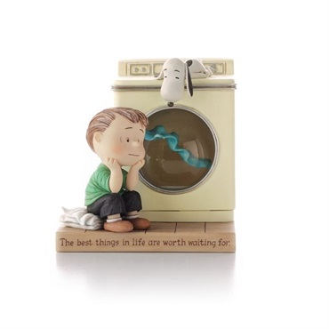 Linus and Blanket Water Globe