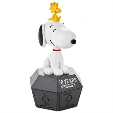 Peanuts(R) 70 Years of Snoopy 1990s Limited Edition Figurine